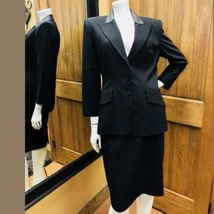 Oscar De La Renta 100% Wool Black Skirt Suit 10 P